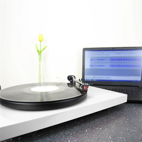 Image of Pro-Ject Audio Systems Debut Carbon Phono USB