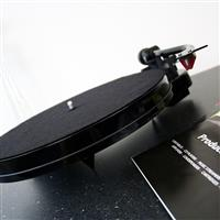 Thumbnail image of Pro-Ject Audio Systems RPM 1 Carbon