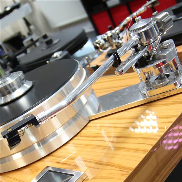 Image of Pro-Ject Audio Systems Signature Tonearm
